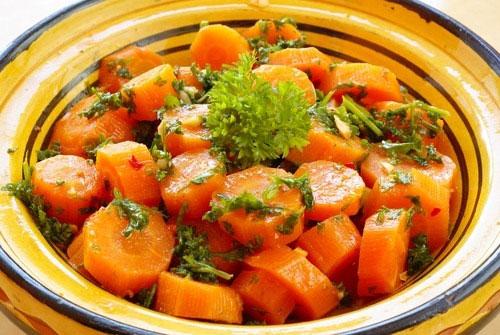 Рецепт Гарнир из моркови с белым вином