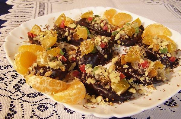 Рецепт Салат из мандаринов в кофейном соусе