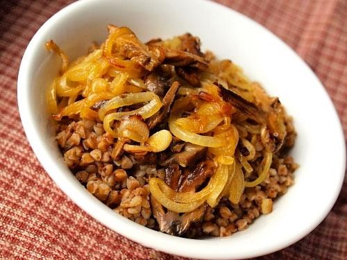 Рецепт Запеченная гречневая каша с белыми грибами