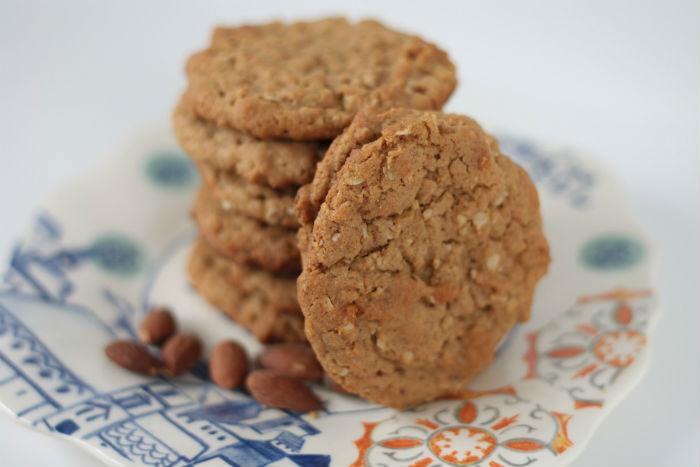 Рецепт Миндальное печенье с овсянкой. Приготовление   блюда