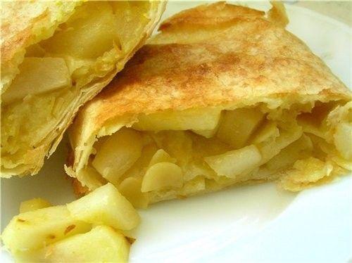 Рецепт Слоеный штрудель с яблоками из слоенного теста от Юлии Высоцкой