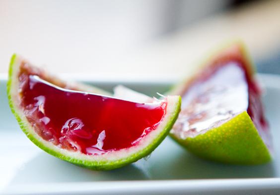 Рецепт Малиновое желе в цитрусовых корочках с агар-агаром