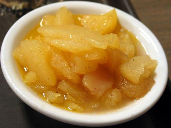Рецепт Тушеные яблоки в духовке с корицей и ромом
