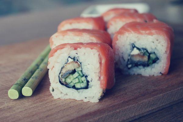 Рецепт Домашние суши роллы филадельфия с угрем
