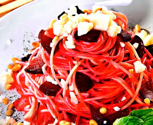 Рецепт Красные спагетти с сыром и свеклой