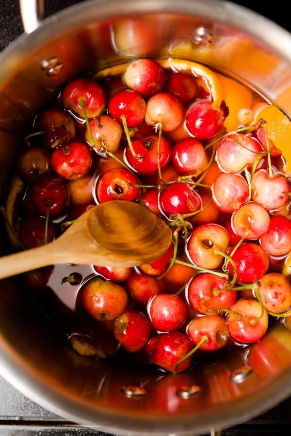 Коктейльная вишня в домашних условиях