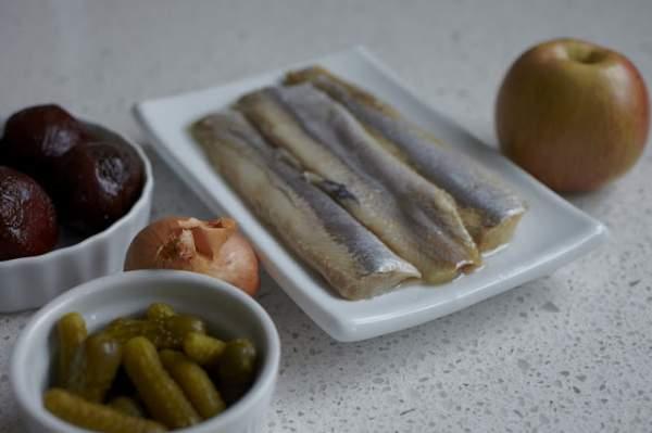 Шведский салат с сельдью, пошаговый рецепт с фото