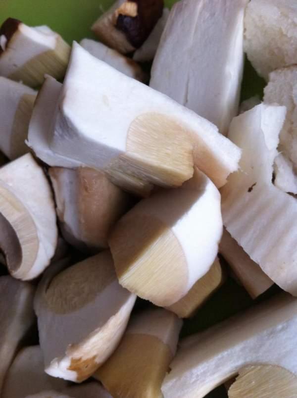 Белые грибы замороженные