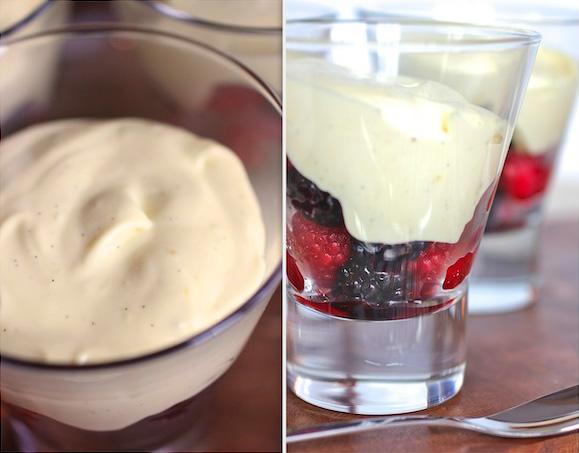 Итальянский сабайон с ягодами и ванилью