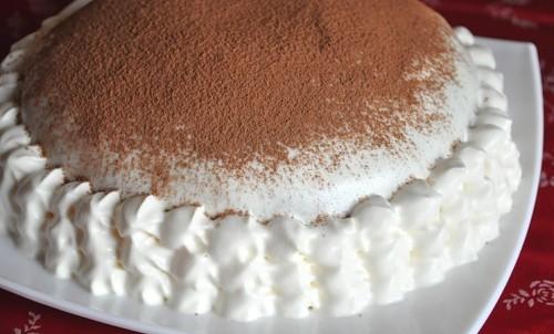 Рецепт Бисквитный торт «Медово сметанный» с медом и сметанным кремом