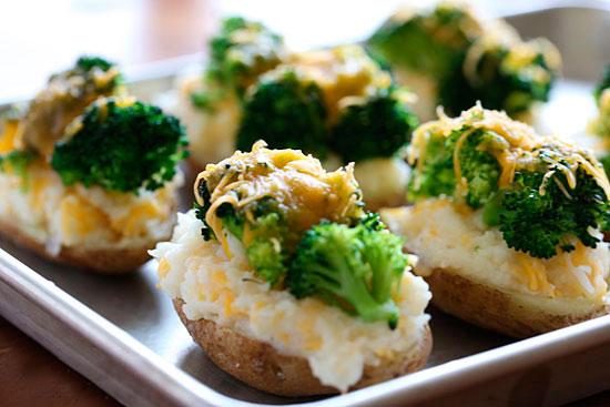 Рецепт Фаршированный картофель с брокколи