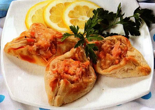 Рецепт Закусочные слойки с лососем