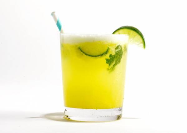 10 рецептов домашнего алкогольного и безалкогольного Мохито