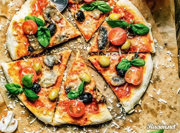 Рецепт Пицца с грибами и помидорами