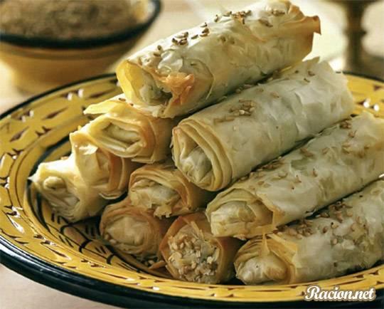 Рецепт Марокканские бриуаты с овощами (трубочки с начинкой)