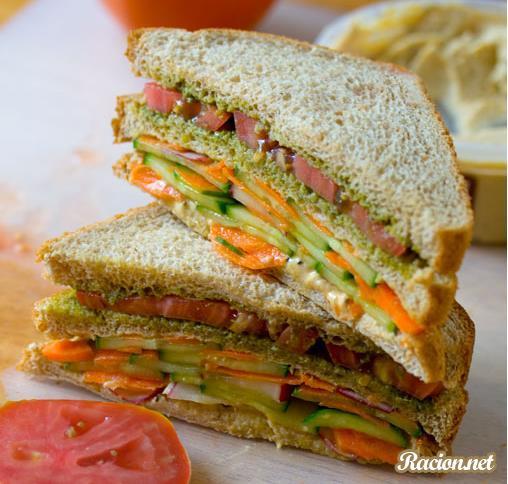 Рецепт Двухэтажный сэндвич с огурцами и хумусом