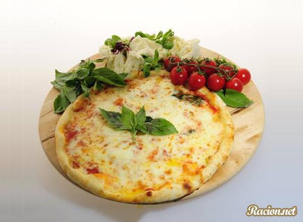 Рецепт Итальянская пицца «Маргарита» в домашних условиях