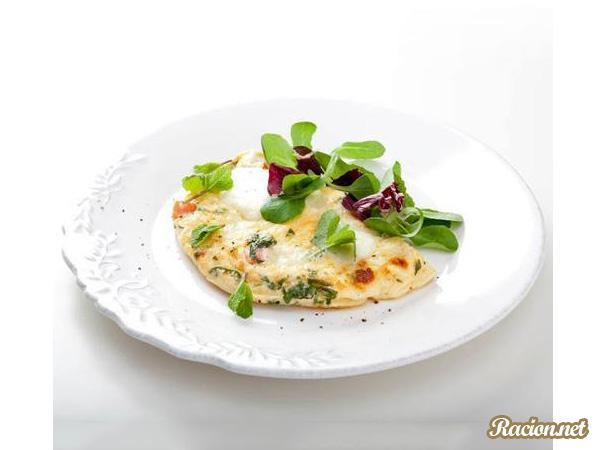 Рецепт Омлет с лососем, моцареллой и мятой