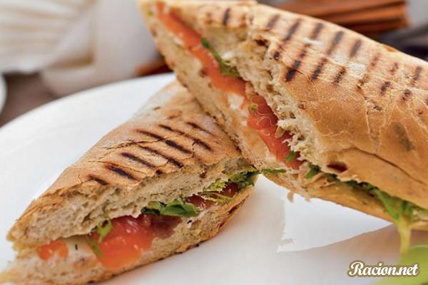 Рецепт Сэндвич с голландским сыром и овощами