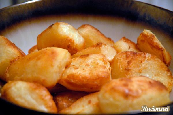 Рецепт Картошка запеченная в духовке вкусно кусочками