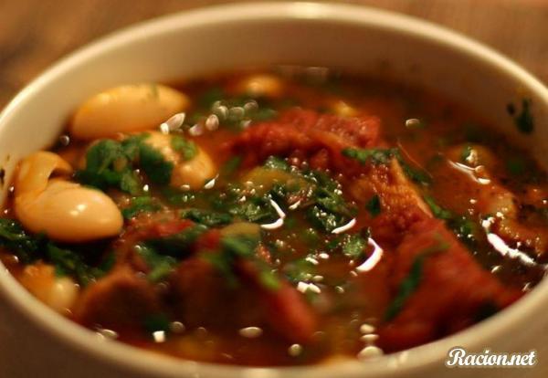 Рецепт Болгарский суп с фасолью и мясом (Боб Чорба)