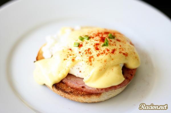 Рецепт Яйца Бенедикт от Гордона Рамзи