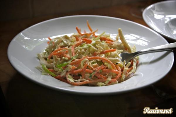 Рецепт Салат из свежей капусты по азиатски