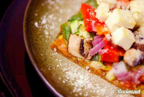 Рецепт Домашняя пицца с грибами и тофу