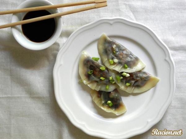 Рецепт Вареники с грибами по японски