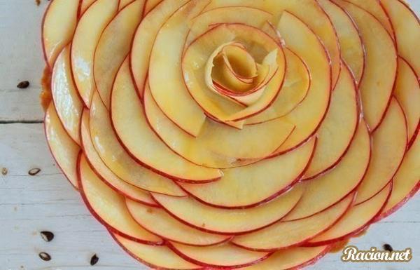 Рецепт Яблочная роза с медом или карамелью