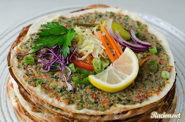 Рецепт Лахмаджун (Турецкая пицца)