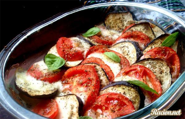 Рецепт Баклажаны с помидорами и сыром моцарелла
