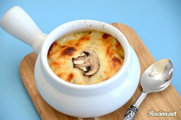 Рецепт Жульен с курицей и грибами