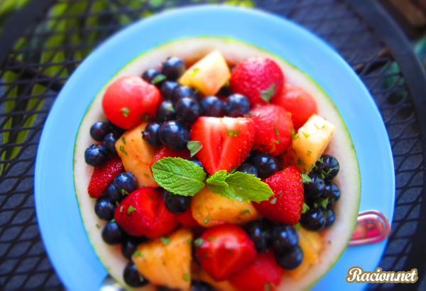 Рецепт Свежий салат из ягод