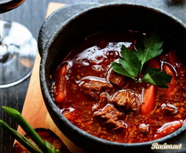 Рецепт Гуляш по венгерски из говядины в домашних условиях