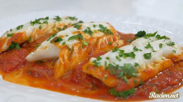 Рецепт Филе трески в томатном соусе на сковороде. Приготовление   блюда